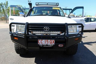 2001 Toyota Landcruiser HDJ100R GXL White 5 Speed Manual Wagon.