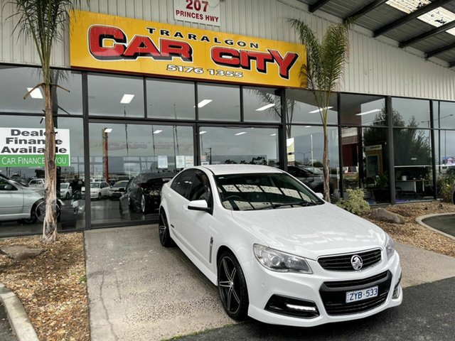 Used Holden Commodore VF SS Traralgon, 2013 Holden Commodore VF SS White 6 Speed Automatic Sedan