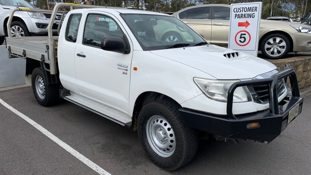 Used Toyota Hilux KUN26R MY14 SR Xtra Cab Maitland, 2014 Toyota Hilux KUN26R MY14 SR Xtra Cab White 5 Speed Manual Cab Chassis