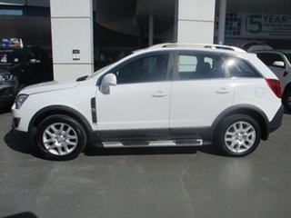 2011 Holden Captiva CG Series II 5 (FWD) White 6 Speed Manual Wagon.