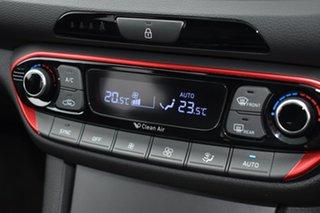 2017 Hyundai i30 PD MY18 SR D-CT White 7 Speed Sports Automatic Dual Clutch Hatchback