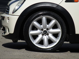 2005 Mini Cooper R50 Cream & Black Stripe 6 Speed CVT Auto Sequential Hatchback