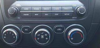 2016 Kia Cerato YD MY16 S Premium White 6 Speed Automatic Hatchback