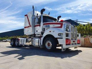 2013 Mack Superliner Superliner Truck White Prime Mover.