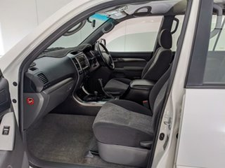 2006 Toyota Landcruiser Prado GRJ120R GXL White 5 Speed Automatic Wagon