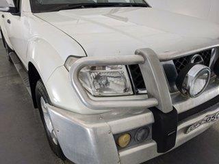 2008 Nissan Navara D40 ST-X White 6 Speed Manual Utility.