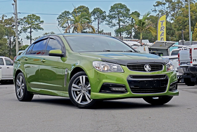 Used Holden Commodore VF MY15 SV6 Chandler, 2015 Holden Commodore VF MY15 SV6 Green 6 Speed Manual Sedan