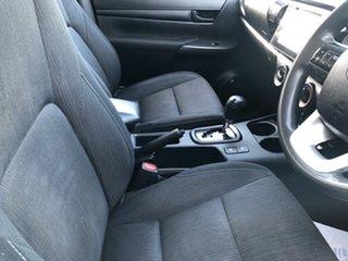 Hilux 4x4 SR 2.8L T Diesel Automatic Double Cab C/C