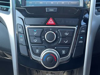 2016 Hyundai i30 GD4 Series II MY17 Active White 6 Speed Sports Automatic Hatchback
