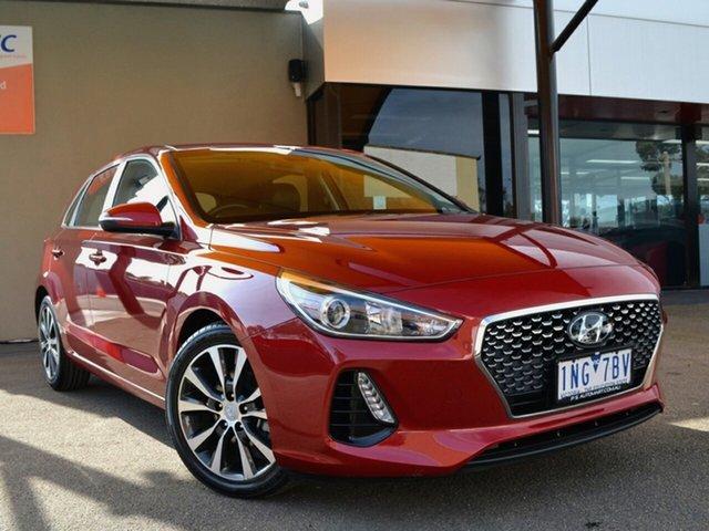 Used Hyundai i30 PD2 MY18 Elite Fawkner, 2018 Hyundai i30 PD2 MY18 Elite Scarlet Red 6 Speed Sports Automatic Hatchback