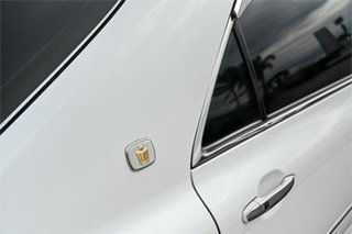 2007 Toyota Crown Athlete Pearl 6 Speed Sedan.