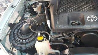 2009 Toyota Hilux KUN16R MY09 SR 4x2 White 5 Speed Manual Utility