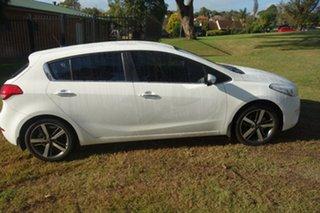 2017 Kia Cerato YD MY18 Sport+ White 6 Speed Sports Automatic Hatchback.