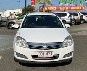 2007 Holden Astra AH CD White 4 Speed Automatic Wagon.