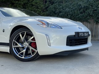2016 Nissan 370Z Z34 MY17 White 6 Speed Manual Coupe.