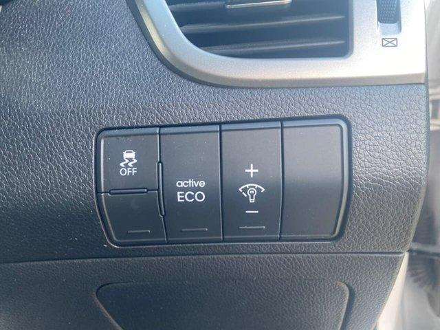 Used Hyundai i30 GD2 Active Wodonga, 2014 Hyundai i30 GD2 Active White 6 Speed Sports Automatic Hatchback