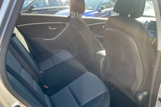2013 Hyundai i30 GD MY14 Elite Silver 6 Speed Automatic Hatchback.
