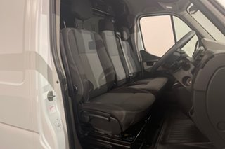 2015 Renault Master X62 Mid Roof MWB AMT White 6 speed Automatic Van