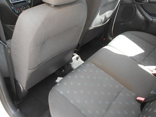 2003 Ford Focus LR MY2003 CL White 4 Speed Automatic Hatchback