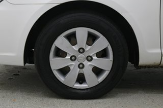 2009 Hyundai Accent MC MY07 S Noble White 5 Speed Manual Hatchback.