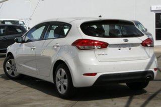 2018 Kia Cerato YD MY18 S White 6 Speed Sports Automatic Hatchback.