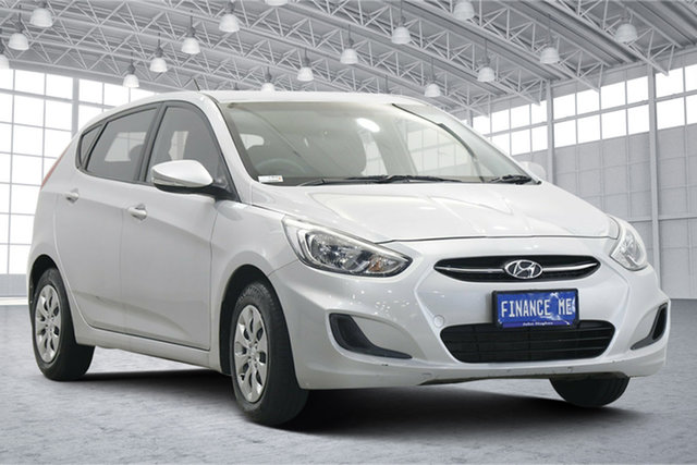 Used Hyundai Accent RB4 MY16 Active Victoria Park, 2016 Hyundai Accent RB4 MY16 Active Sleek Silver 6 Speed Constant Variable Hatchback