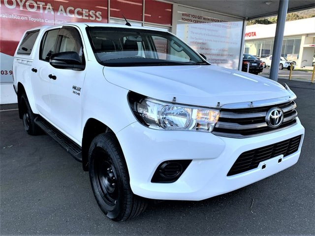 Pre-Owned Toyota Hilux GUN126R SR Double Cab Ferntree Gully, 2017 Toyota Hilux GUN126R SR Double Cab Glacier White 6 Speed Sports Automatic Cab Chassis