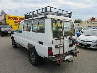 2000 Toyota Landcruiser HZJ78R (4x4) 3 Seat White 5 Speed Manual 4x4 Troop Carrier