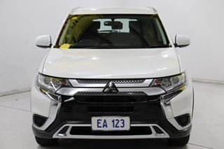 2018 Mitsubishi Outlander ZL MY19 ES 2WD White 6 Speed Constant Variable Wagon.