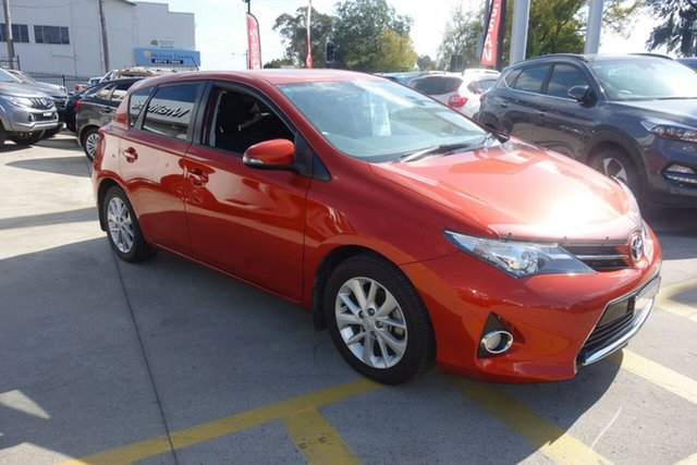 Used Toyota Corolla ZRE182R Ascent Sport East Maitland, 2012 Toyota Corolla ZRE182R Ascent Sport Orange 6 Speed Manual Hatchback