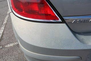 2007 Holden Astra AH MY07 CD Gold 5 Speed Manual Hatchback
