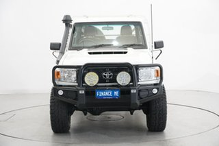 2018 Toyota Landcruiser VDJ79R Workmate White 5 Speed Manual Cab Chassis.