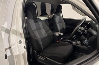 2016 Toyota Hilux GUN125R Workmate White 6 speed Automatic Cab Chassis