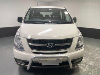 2014 Hyundai iMAX TQ-W MY13 Cream 5 Speed Automatic Wagon.