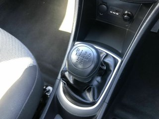 2012 Hyundai Accent RB Active Silver 5 Speed Manual Sedan