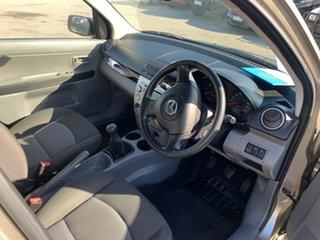 2006 Mazda 2 DY MY05 Upgrade Neo Gold 5 Speed Manual Hatchback