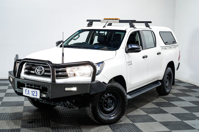 Used Toyota Hilux GUN126R SR Double Cab Edgewater, 2017 Toyota Hilux GUN126R SR Double Cab White 6 Speed Sports Automatic Utility