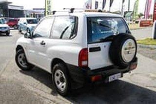 2004 Suzuki Grand Vitara SQ416 S3 JLX White 5 Speed Manual Hardtop