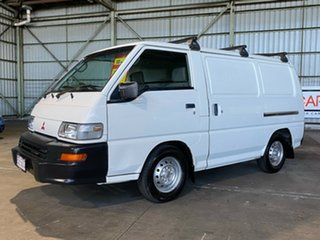 2013 Mitsubishi Express SJ MY12 MWB White 5 Speed Manual Van.