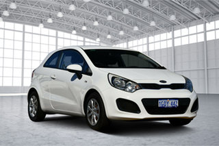 2013 Kia Rio UB MY13 S Clear White 6 Speed Manual Hatchback.