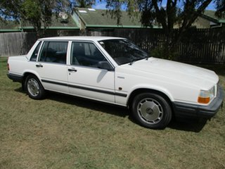 1990 Volvo 740 B230F GL White 4 Speed Automatic Sedan.