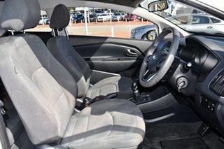 2013 Kia Rio UB MY13 S Clear White 6 Speed Manual Hatchback