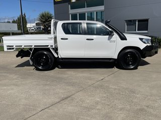 2017 Toyota Hilux GUN126R SR Double Cab White/231017 6 Speed Manual Cab Chassis.