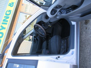 2003 Hyundai Santa Fe SM GLS White 4 Speed Manual Sedan