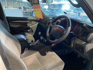 2005 Toyota Landcruiser Prado GRJ120R GXL White 6 Speed Manual Wagon