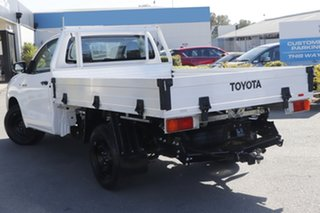 2017 Toyota Hilux TGN121R Workmate 4x2 Glacier White 5 Speed Manual Cab Chassis.