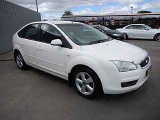 2006 Ford Focus LS LX White 4 Speed Automatic Hatchback.