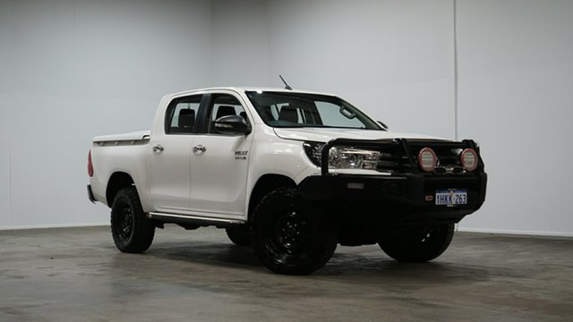 Used Toyota Hilux GUN126R SR Double Cab Welshpool, 2017 Toyota Hilux GUN126R SR Double Cab White 6 Speed Sports Automatic Cab Chassis