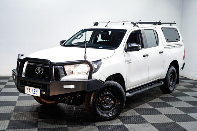 Used Toyota Hilux GUN126R SR Double Cab Edgewater, 2018 Toyota Hilux GUN126R SR Double Cab White 6 Speed Sports Automatic Utility