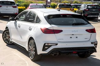 2021 Kia Cerato BD MY22 GT DCT White 7 Speed Sports Automatic Dual Clutch Hatchback